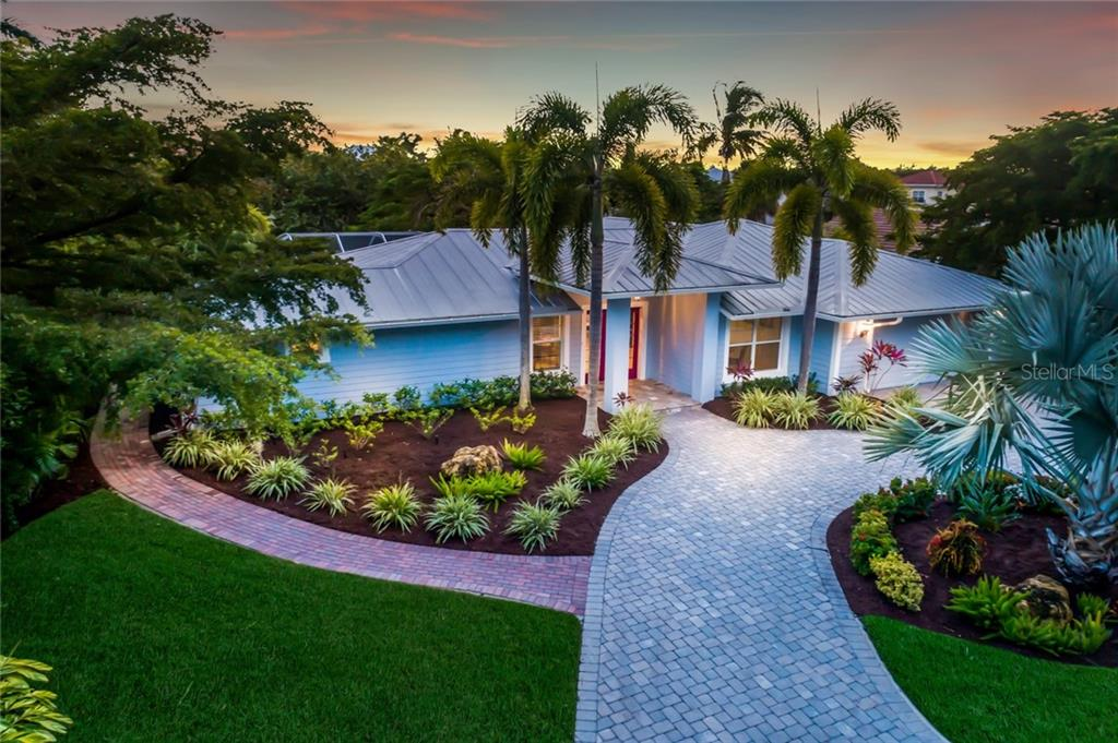 New Attachment - Single Family Home for sale at 820 Siesta Key Cir, Sarasota, FL 34242 - MLS Number is A4424412