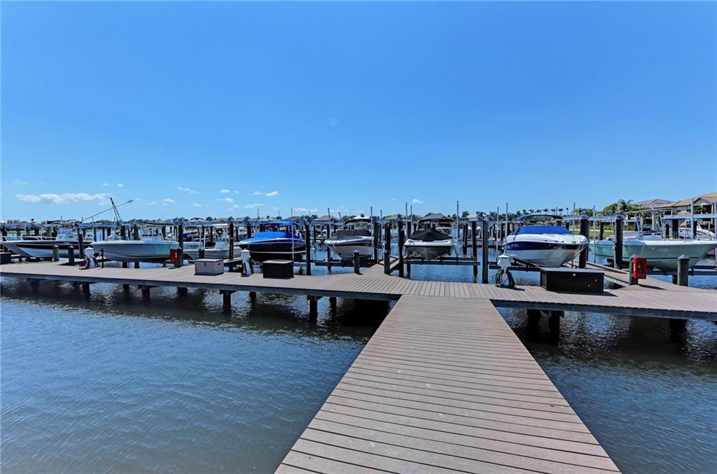 Community docks and boat lifts to rent - Single Family Home for sale at 5712 Tidewater Preserve Blvd, Bradenton, FL 34208 - MLS Number is A4424693