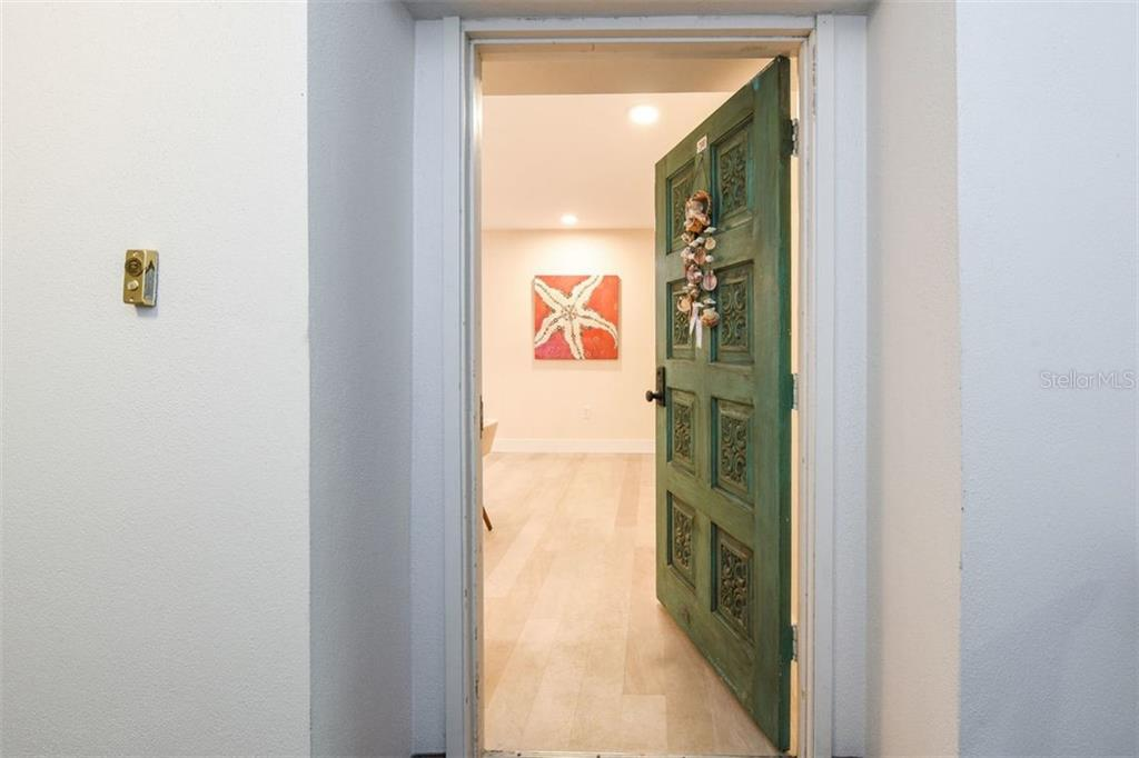 As you walk in the front door, prepare to be dazzled. - Condo for sale at 225 Hourglass Way #208, Sarasota, FL 34242 - MLS Number is A4425323