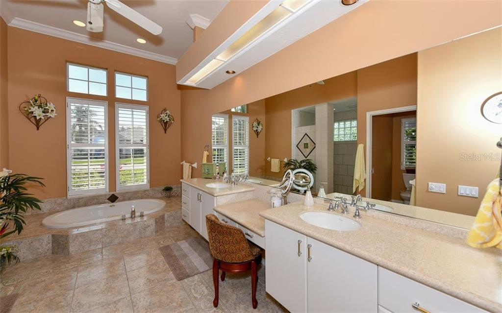 Light and airy master bathroom - Single Family Home for sale at 7867 Estancia Way, Sarasota, FL 34238 - MLS Number is A4426528