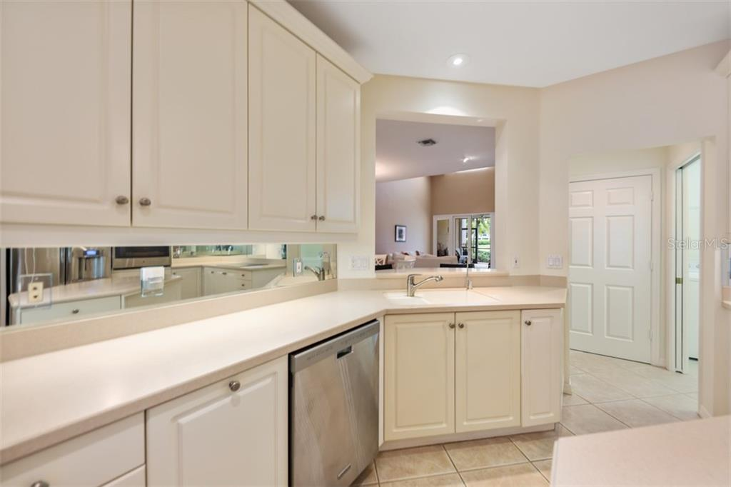Condo for sale at 5457 Eagles Point Cir, Sarasota, FL 34231 - MLS Number is A4429380