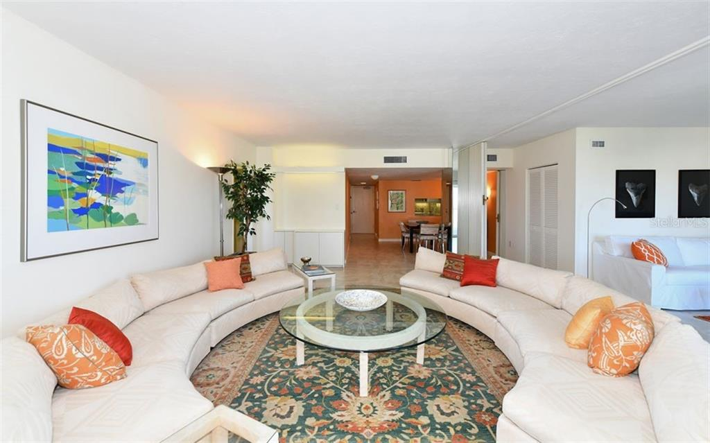 Condo for sale at 1050 Longboat Club Rd #1005, Longboat Key, FL 34228 - MLS Number is A4432660
