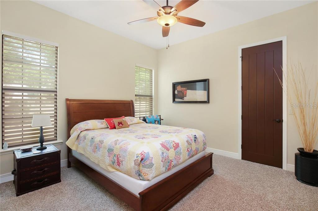 ensuite guest bedroom #2 - Single Family Home for sale at 1813 Boyce St, Sarasota, FL 34239 - MLS Number is A4433125