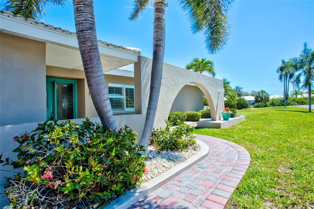Single Family Home for sale at 104 Tina Island Dr, Osprey, FL 34229 - MLS Number is A4433578