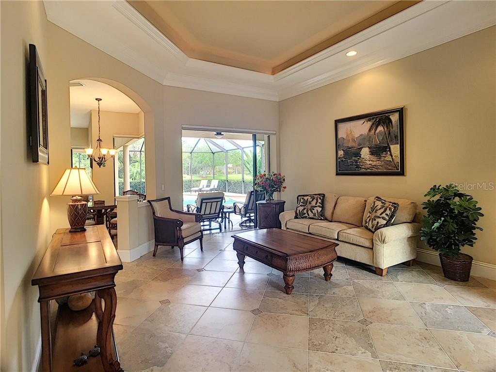 CDD Disclosure - Single Family Home for sale at 12555 Highfield Cir, Lakewood Ranch, FL 34202 - MLS Number is A4434344