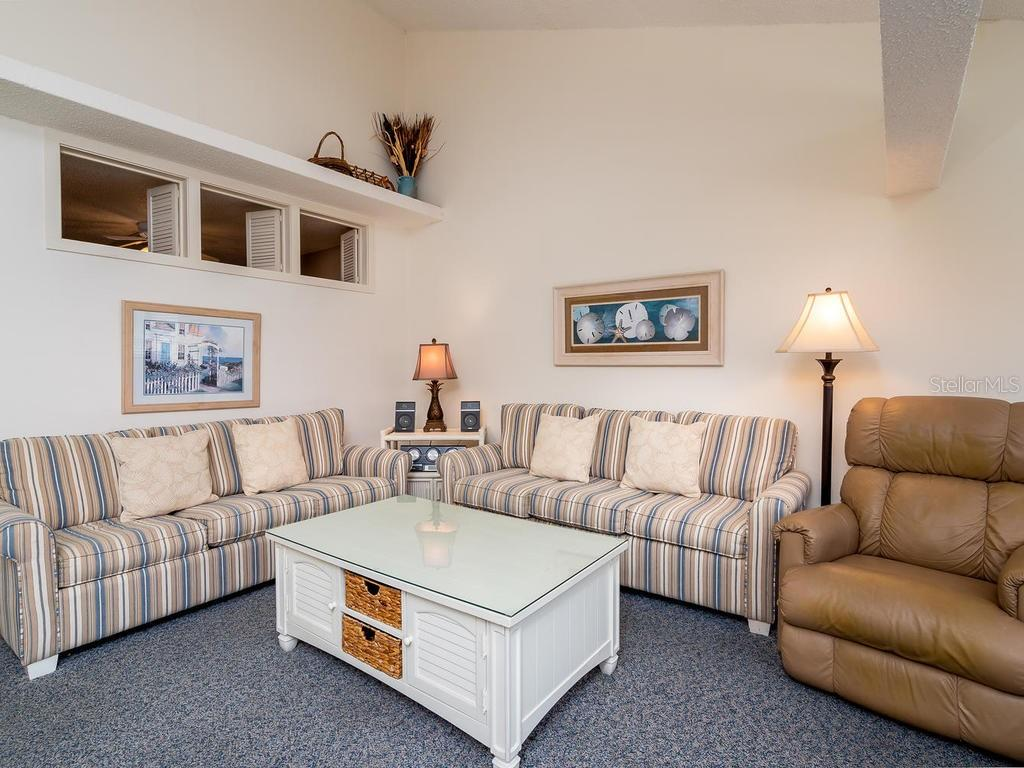 Family Room - Condo for sale at 4621 Gulf Of Mexico Dr #14d, Longboat Key, FL 34228 - MLS Number is A4435849