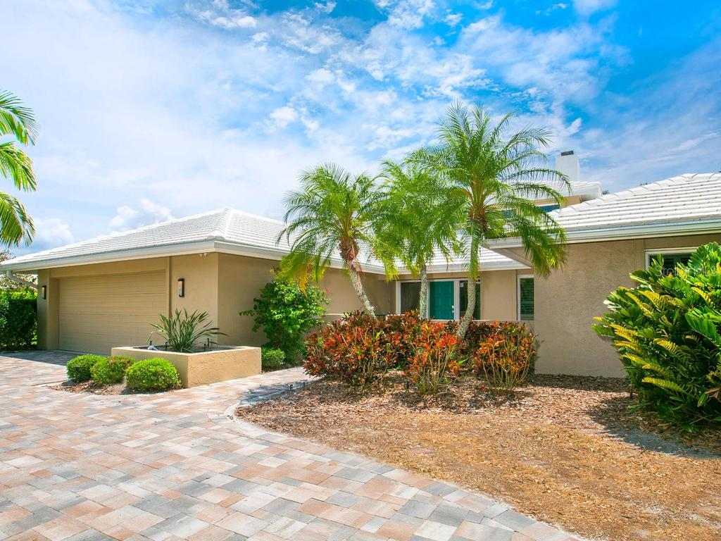 Single Family Home for sale at 4773 Pine Harrier Dr, Sarasota, FL 34231 - MLS Number is A4436182