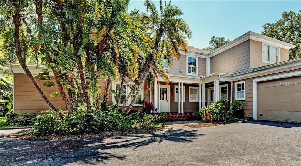 Beautiful, tropical Florida landscaping reminds you what an oasis this home is every time you pull into your garage. - Single Family Home for sale at 813 Hudson Ave, Sarasota, FL 34236 - MLS Number is A4437601