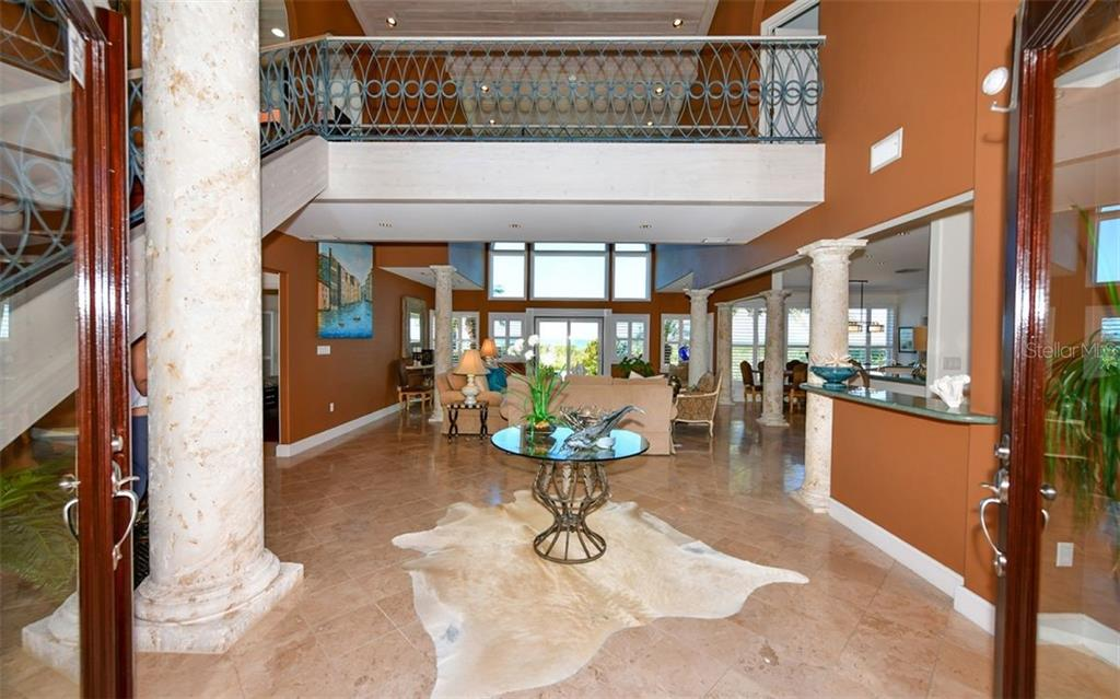 Living Room - Single Family Home for sale at 3809 Casey Key Rd, Nokomis, FL 34275 - MLS Number is A4437924