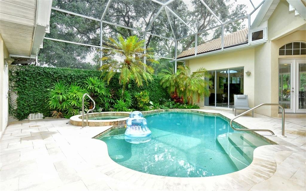 Mold Disclosure - Single Family Home for sale at 6301 Thorndon Cir, University Park, FL 34201 - MLS Number is A4438968