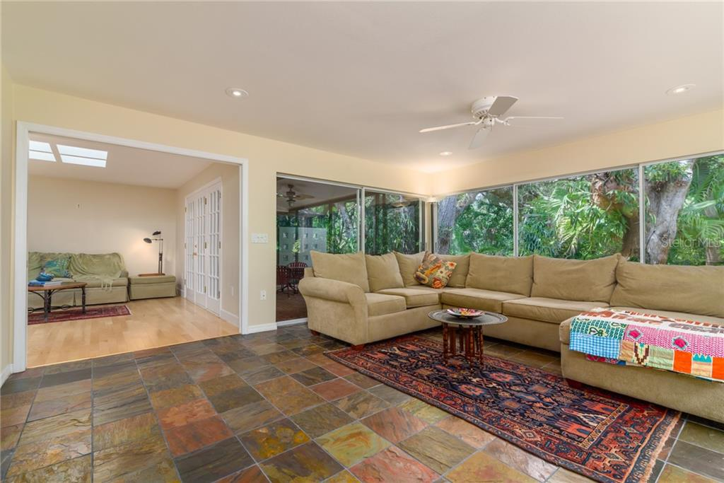 Single Family Home for sale at 8511 Heron Lagoon Cir, Sarasota, FL 34242 - MLS Number is A4439489