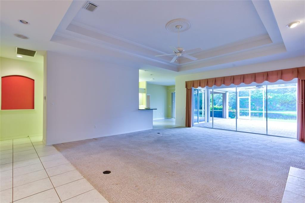 New Attachment - Single Family Home for sale at 4912 Old Oakleaf Dr, Sarasota, FL 34233 - MLS Number is A4443076
