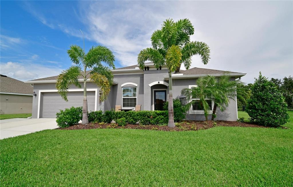 Great Room - Single Family Home for sale at 12813 Balsam Ter, Bradenton, FL 34212 - MLS Number is A4443590