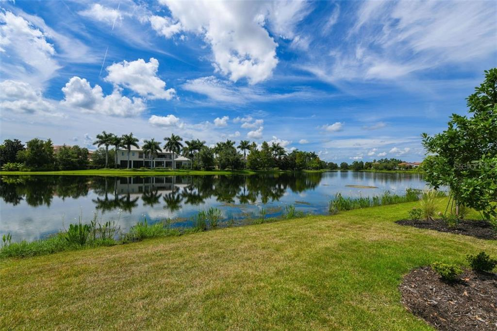 Single Family Home for sale at 7927 Matera Ct, Lakewood Ranch, FL 34202 - MLS Number is A4444017