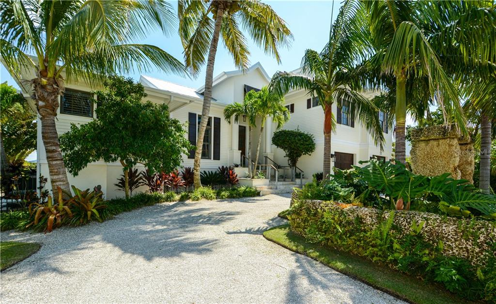 Single Family Home for sale at 513 83rd St, Holmes Beach, FL 34217 - MLS Number is A4446266