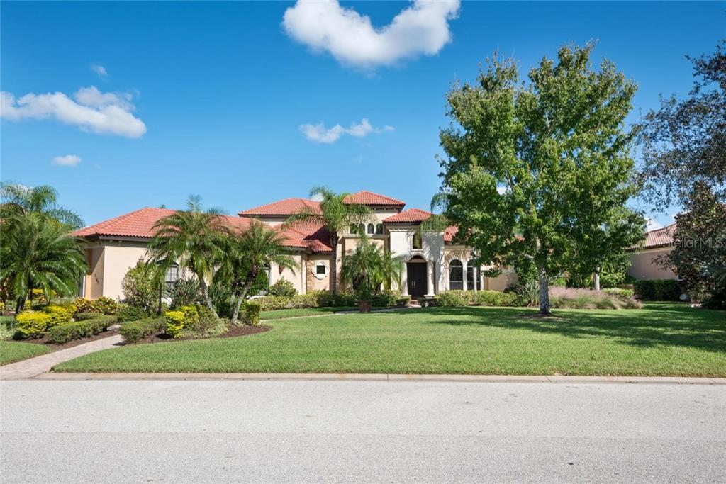 Single Family Home for sale at 7107 Teal Creek Gln, Lakewood Ranch, FL 34202 - MLS Number is A4449775