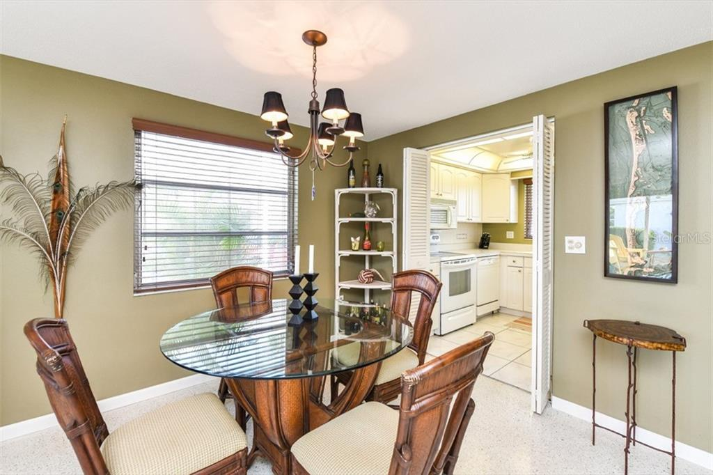 Housing for Older Persons - Villa for sale at 726 Spanish Dr N, Longboat Key, FL 34228 - MLS Number is A4450837