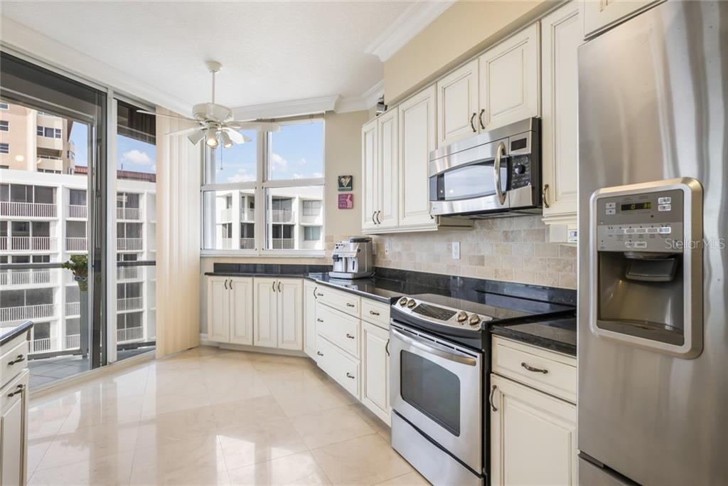Condo for sale at 1800 Benjamin Franklin Dr #B506, Sarasota, FL 34236 - MLS Number is A4451047