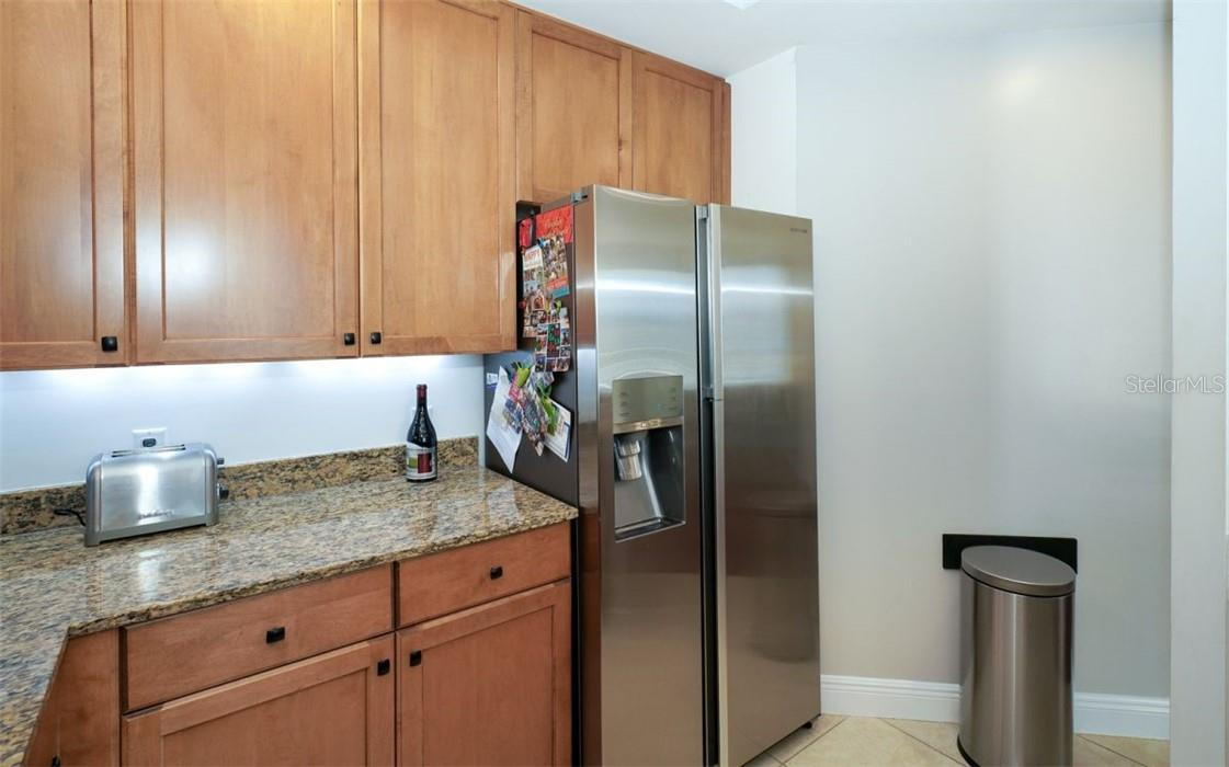 Full size refrigerator with water dispenser - Condo for sale at 100 Central Ave #A304, Sarasota, FL 34236 - MLS Number is A4458873