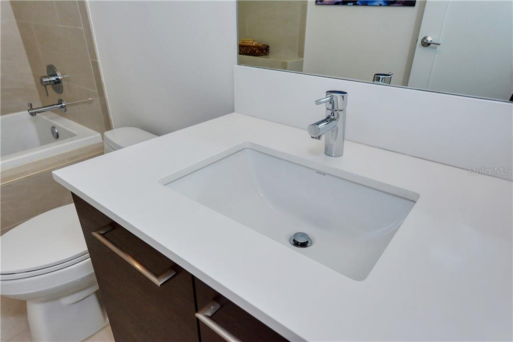 Bathroom #2 vanity - Condo for sale at 1155 N Gulfstream Ave #507, Sarasota, FL 34236 - MLS Number is A4458926