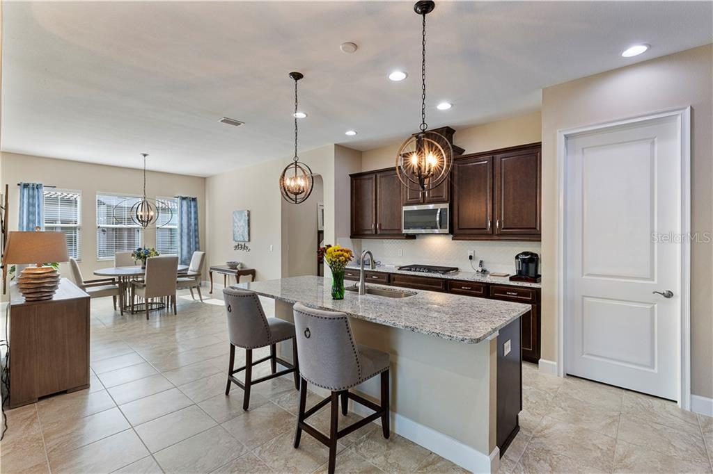 Villa for sale at 2315 Starwood Ct, Lakewood Ranch, FL 34211 - MLS Number is A4459264