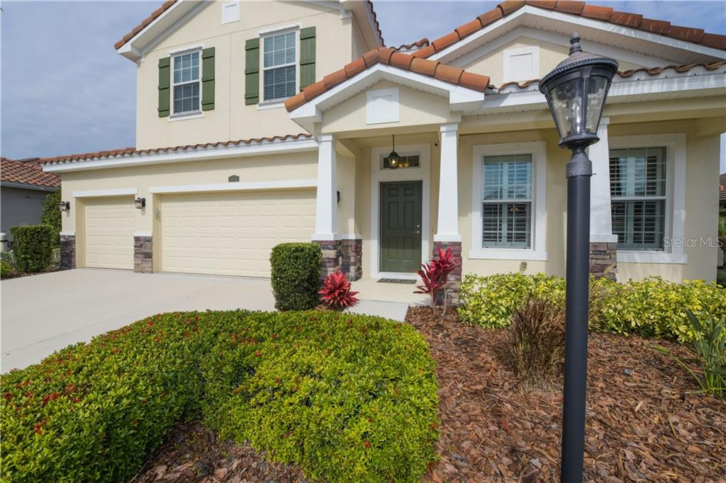 Single Family Home for sale at 14619 Sundial Pl, Lakewood Ranch, FL 34202 - MLS Number is A4459341