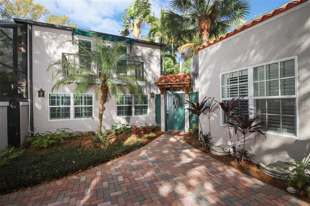 Courtyard entry way - Single Family Home for sale at 3838 Flores Ave, Sarasota, FL 34239 - MLS Number is A4461669