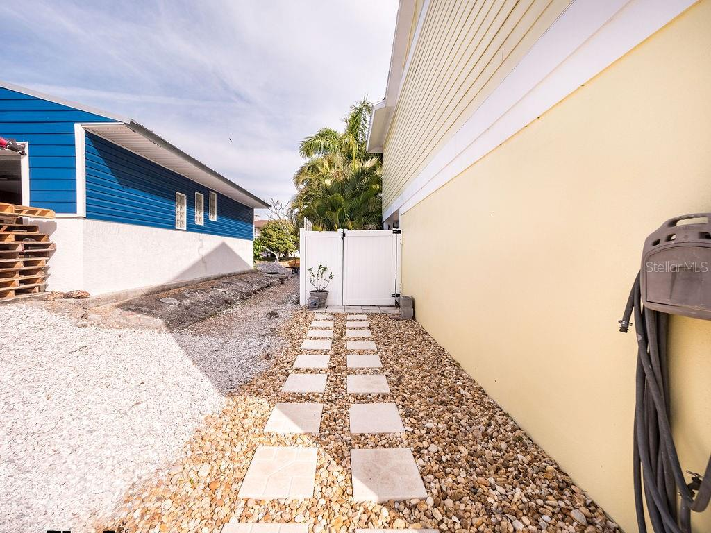 Single Family Home for sale at 4215 3rd Ave Ne, Bradenton, FL 34208 - MLS Number is A4462052