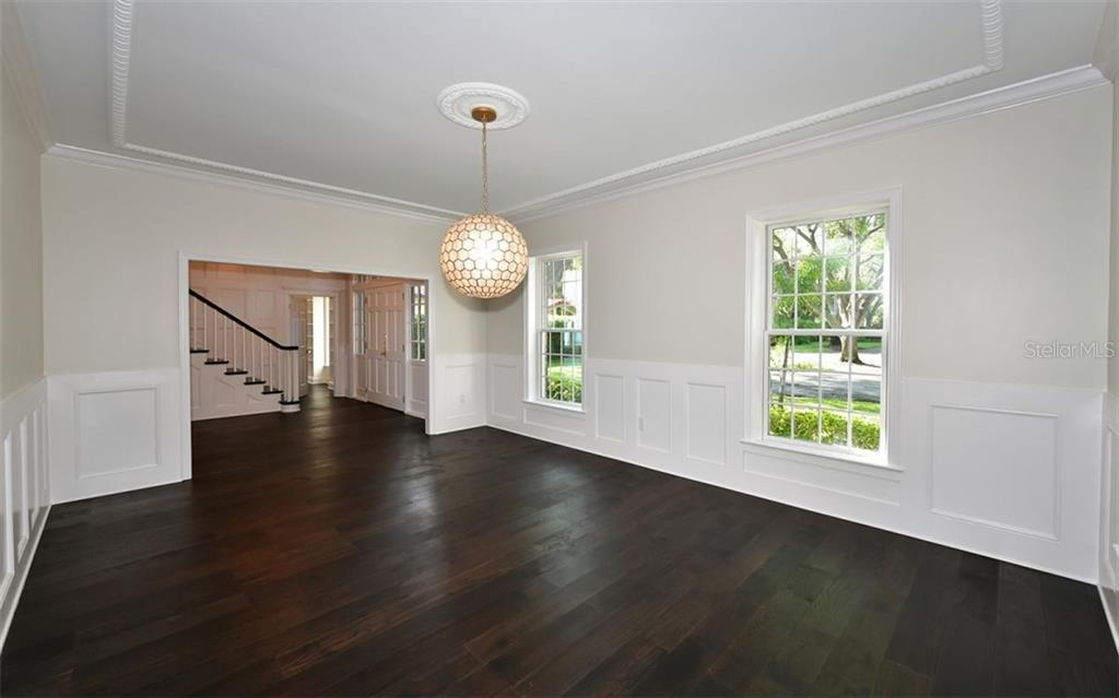 Formal Dining Room - Single Family Home for sale at 4700 Riverview Blvd, Bradenton, FL 34209 - MLS Number is A4462708