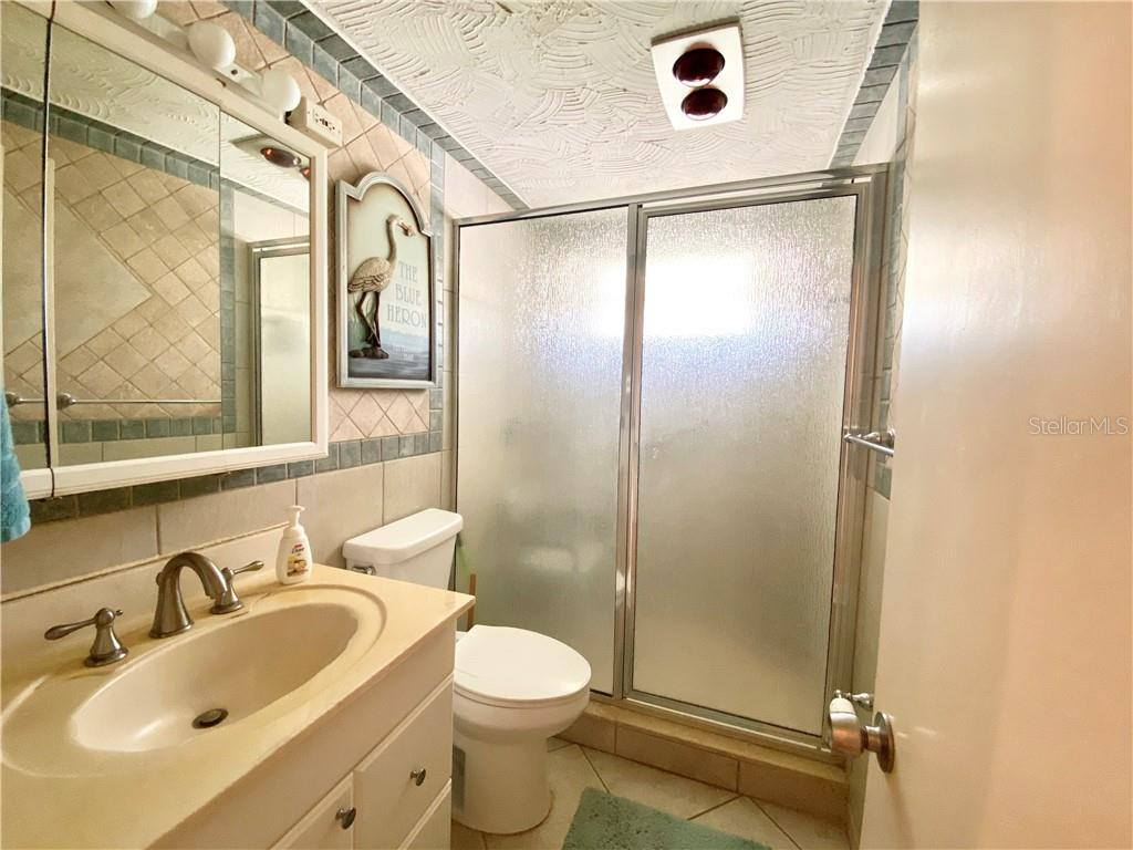 Bathroom - Single Family Home for sale at 4300 Eastern Pkwy, Sarasota, FL 34233 - MLS Number is A4464200