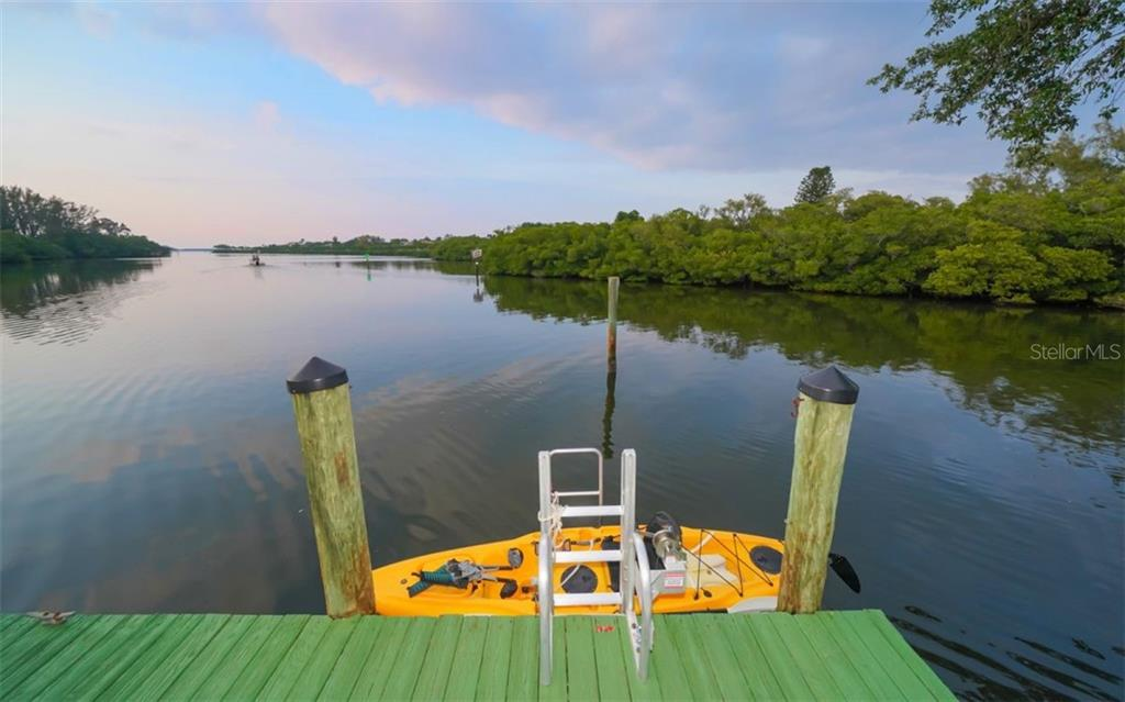 YOUR OWN KAYAK LAUNCH OR GRAB A FISHING POLE - Single Family Home for sale at 3 Winslow Pl, Longboat Key, FL 34228 - MLS Number is A4464990