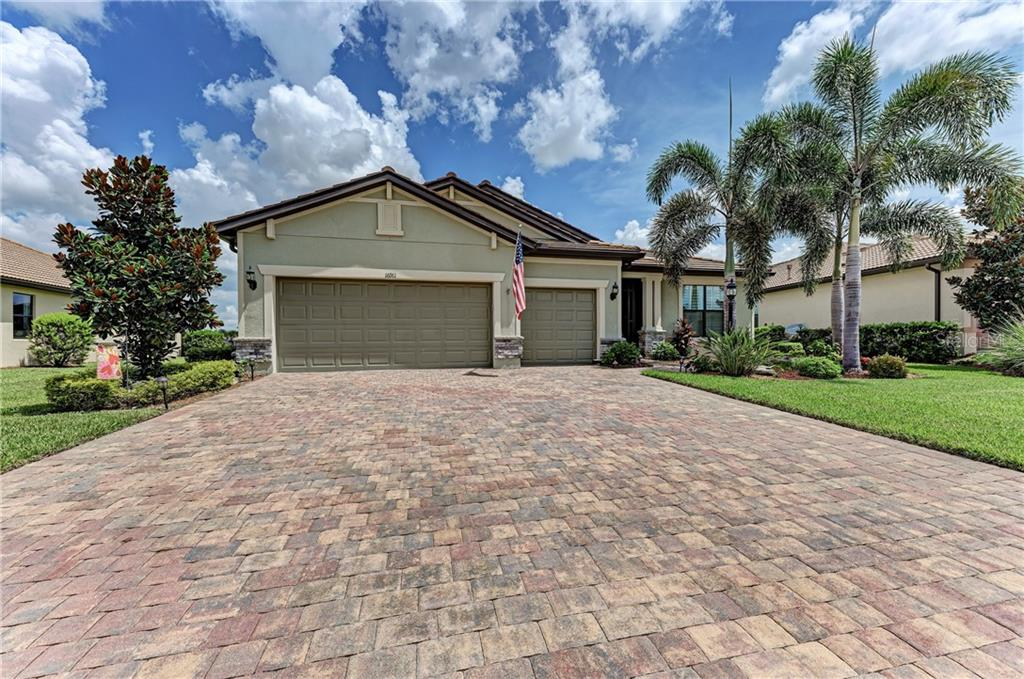 Single Family Home for sale at 16911 Loudon Pl, Bradenton, FL 34202 - MLS Number is A4472541