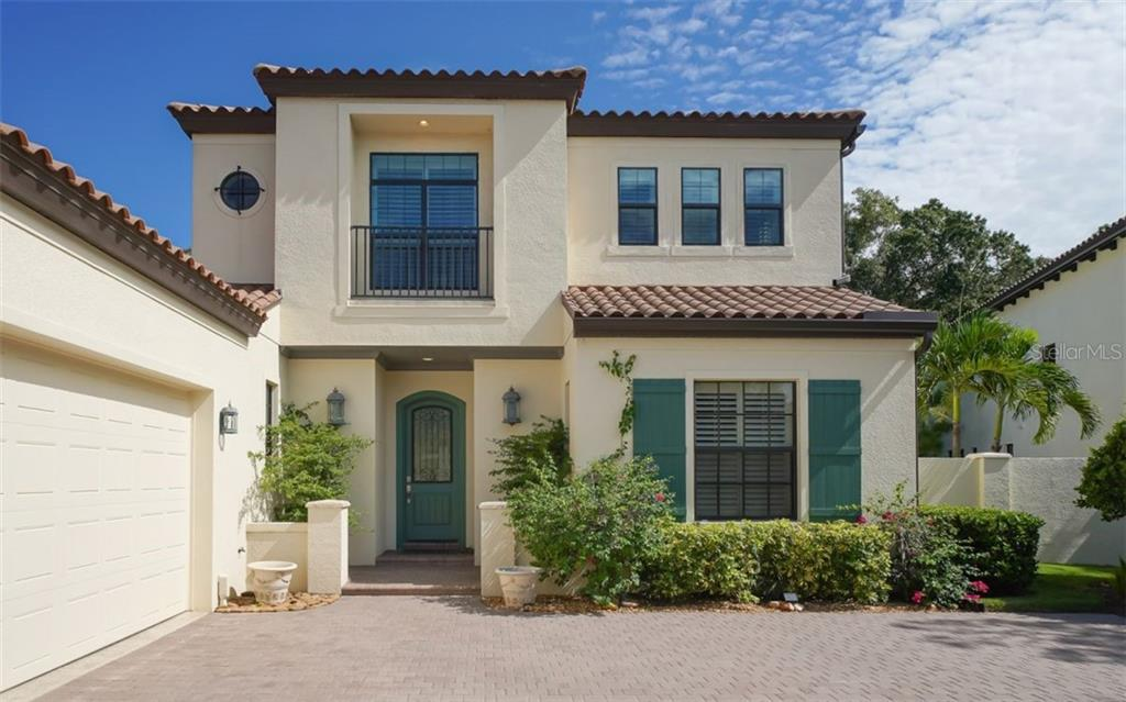 Welcome to 3538 Trebor Lane - Single Family Home for sale at 3538 Trebor Ln, Sarasota, FL 34235 - MLS Number is A4475545