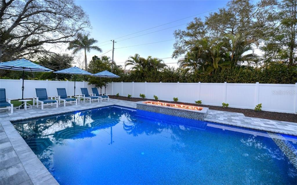 Single Family Home for sale at 1943 Morris St, Sarasota, FL 34239 - MLS Number is A4475565