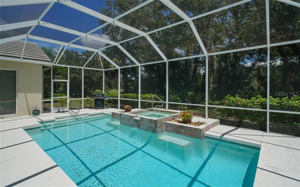 Pool/spa - Single Family Home for sale at 462 E Macewen Dr, Osprey, FL 34229 - MLS Number is A4476181
