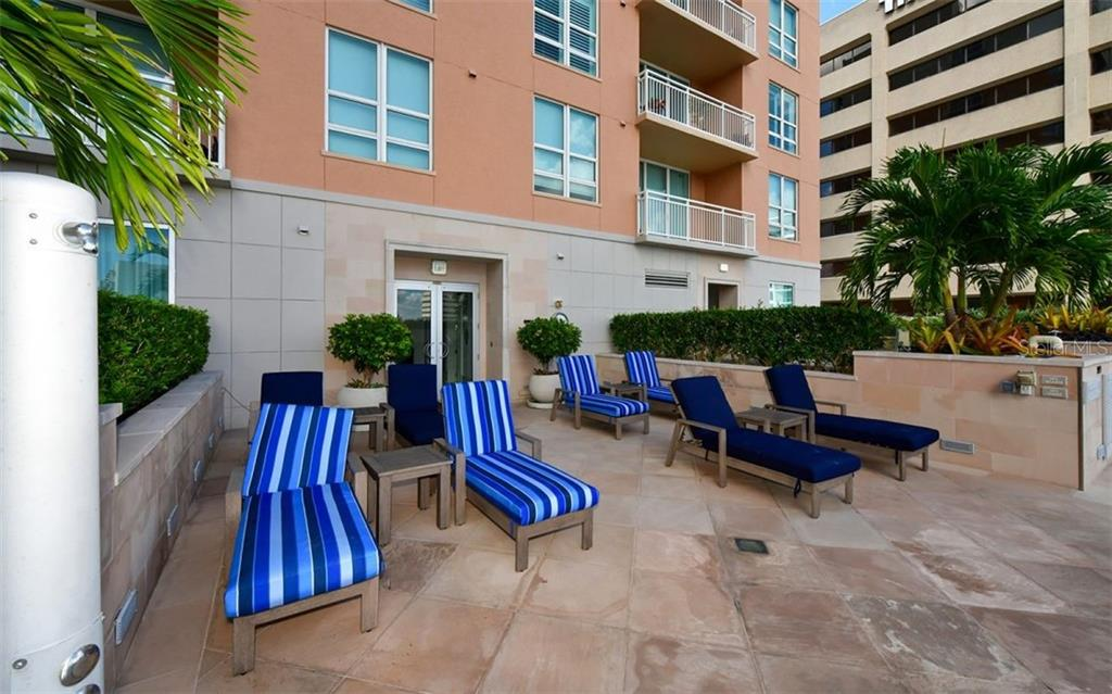 Another area to soak up the sun - Condo for sale at 1350 Main St #1601, Sarasota, FL 34236 - MLS Number is A4478753