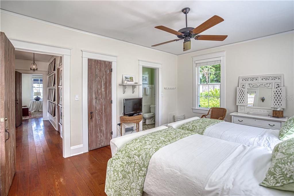 Main House - Guest Bedroom - Single Family Home for sale at 1595 Bay Point Dr, Sarasota, FL 34236 - MLS Number is A4479218