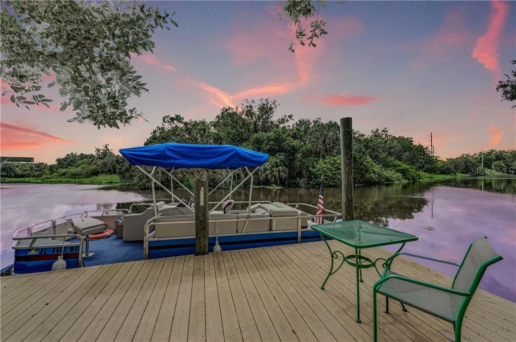 Brokerage Relationship Disclosure - Single Family Home for sale at 7118 68th Dr E, Bradenton, FL 34203 - MLS Number is A4480398
