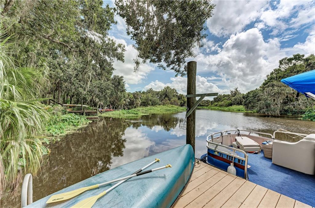Breathtaking views - Single Family Home for sale at 7118 68th Dr E, Bradenton, FL 34203 - MLS Number is A4480398