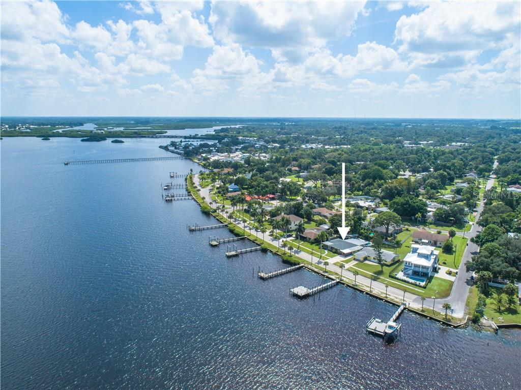 Head east and then south by boat on a beautiful day to explore the Manatee River and Braden River. - Single Family Home for sale at 2408 Riverside Dr E, Bradenton, FL 34208 - MLS Number is A4480609