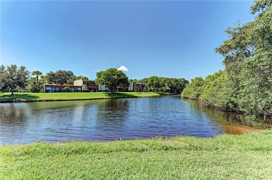 Common area lake. Subject property does not have lake view. - Condo for sale at 814 Spring Lakes Blvd #814, Bradenton, FL 34210 - MLS Number is A4480798