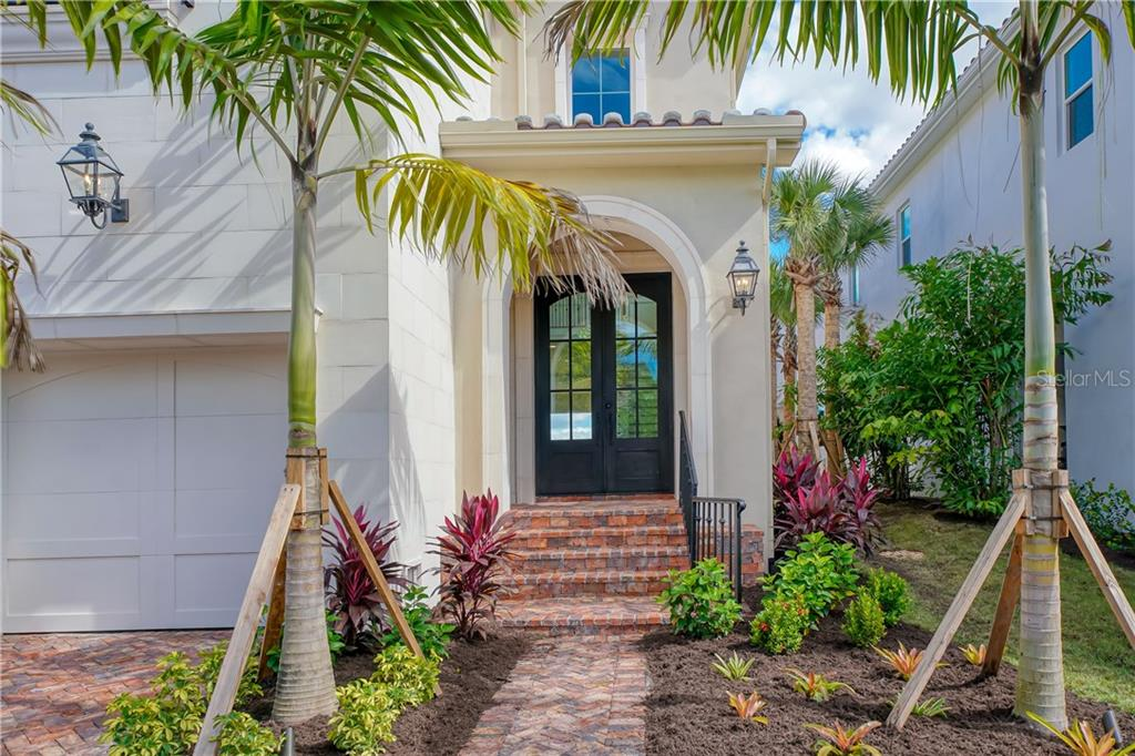 Single Family Home for sale at 7967 Midnight Pass Rd, Sarasota, FL 34242 - MLS Number is A4482993