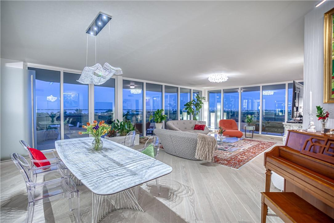 Living Room *Twilight* - Condo for sale at 545 Sanctuary Dr #B706, Longboat Key, FL 34228 - MLS Number is A4483212