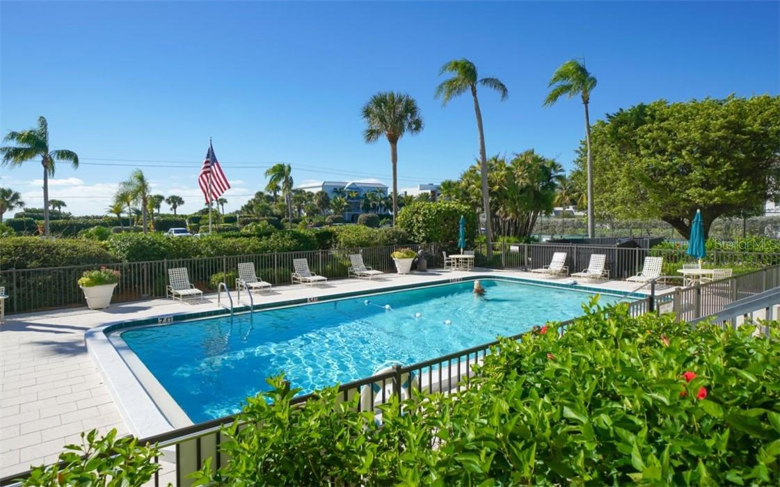 Condo for sale at 3240 Gulf Of Mexico Dr #602, Longboat Key, FL 34228 - MLS Number is A4484014
