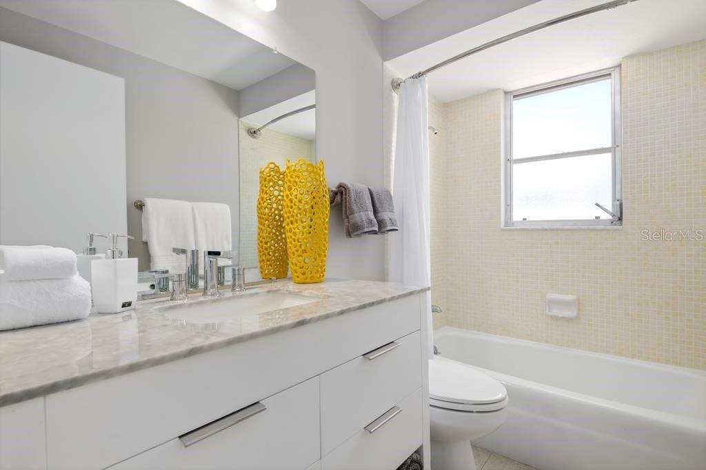 Guest bathroom - Single Family Home for sale at 512 68th St, Holmes Beach, FL 34217 - MLS Number is A4484565