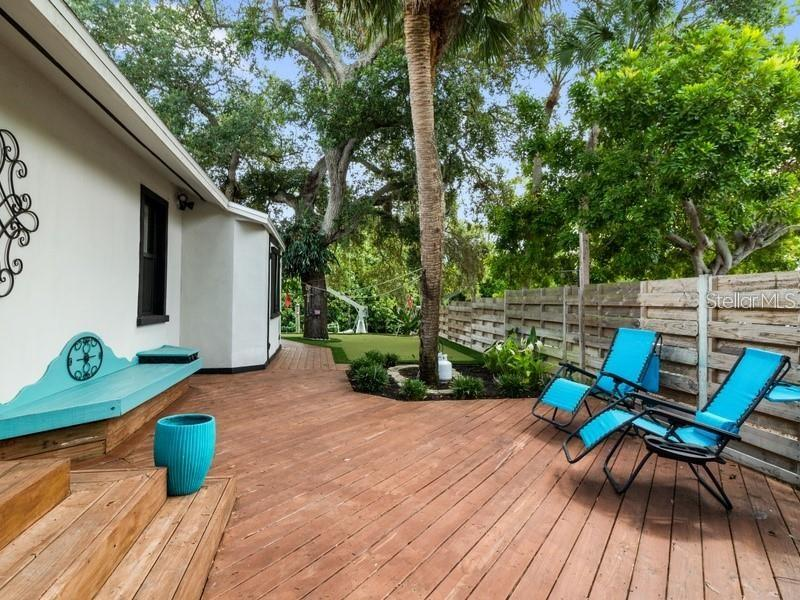 Single Family Home for sale at 821 Idlewild Way, Sarasota, FL 34242 - MLS Number is A4486781