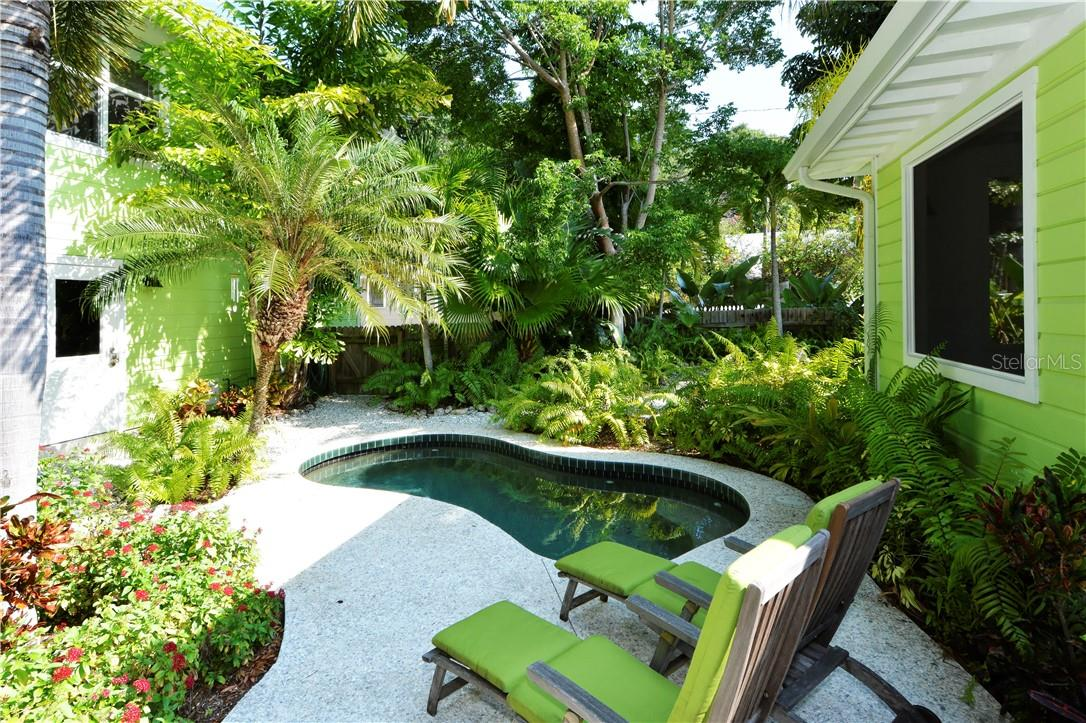 Small electrically heated pool between main house and tree house. - Single Family Home for sale at 542 Ohio Pl, Sarasota, FL 34236 - MLS Number is A4488498