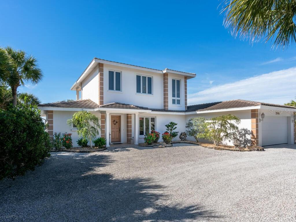 Single Family Home for sale at 3741 Casey Key Rd, Nokomis, FL 34275 - MLS Number is A4489296
