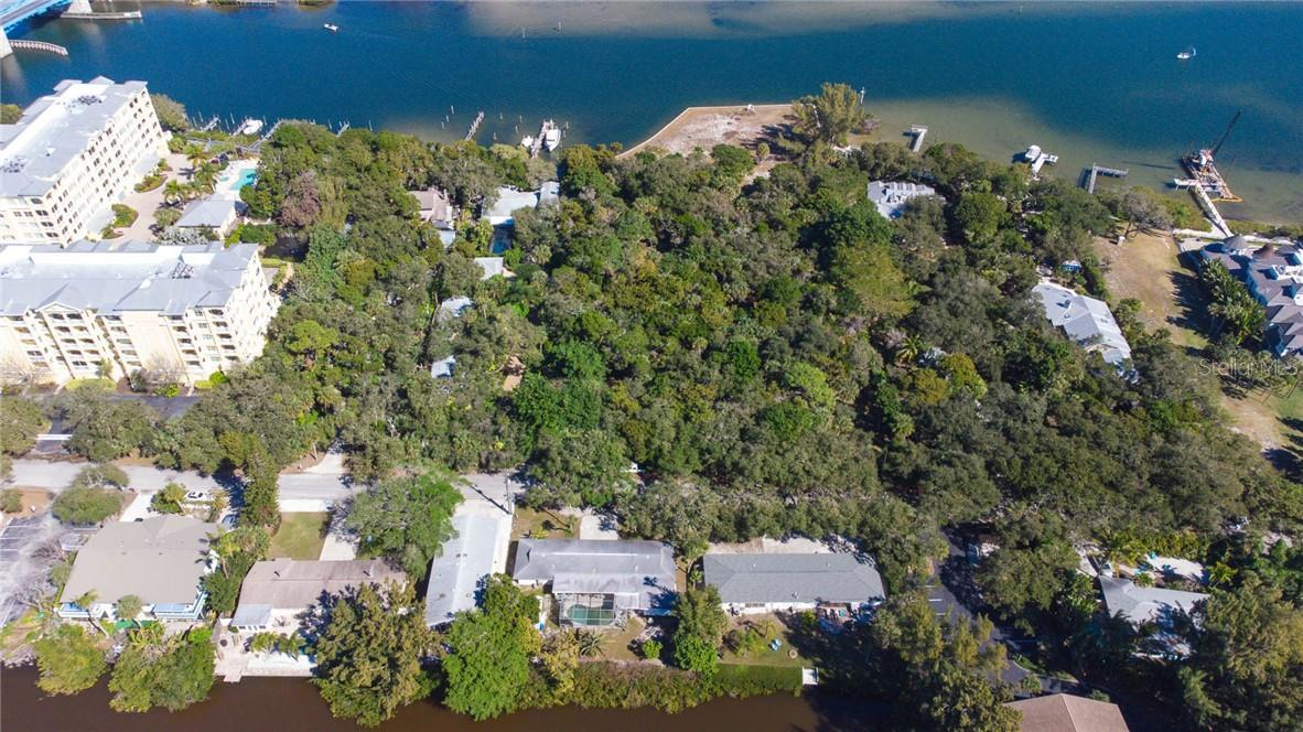 Close to the Bay - Duplex/Triplex for sale at 6536 Peacock Rd, Sarasota, FL 34242 - MLS Number is A4490204