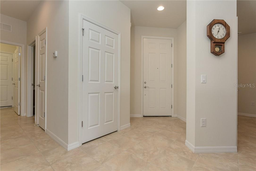 Entry way - Villa for sale at 13883 Botteri St, Venice, FL 34293 - MLS Number is A4493523